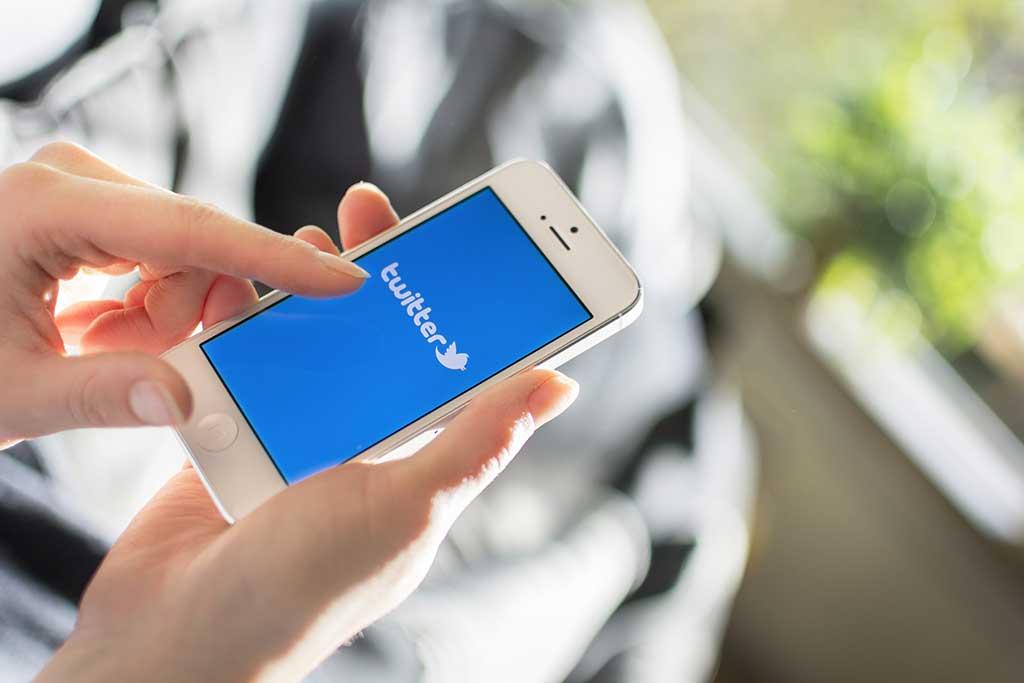 Guida pratica per incorporare un tweet su sito o blog
